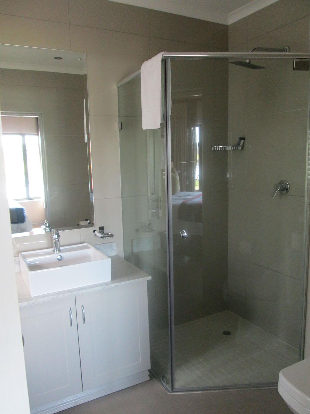18th-hole-rooms-accommodation-drakensberg-midlands-Nottingham-Road-kzn-gowrie-farm