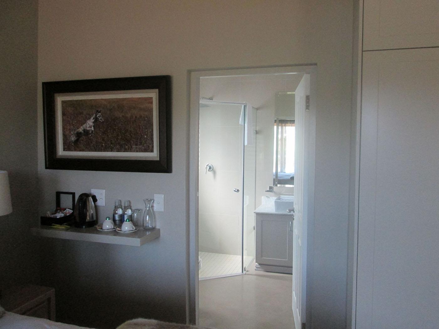 18th-hole-rooms-luxury-accommodation-drakensberg-midlands-kzn-Nottingham-Road-gowrie-farm