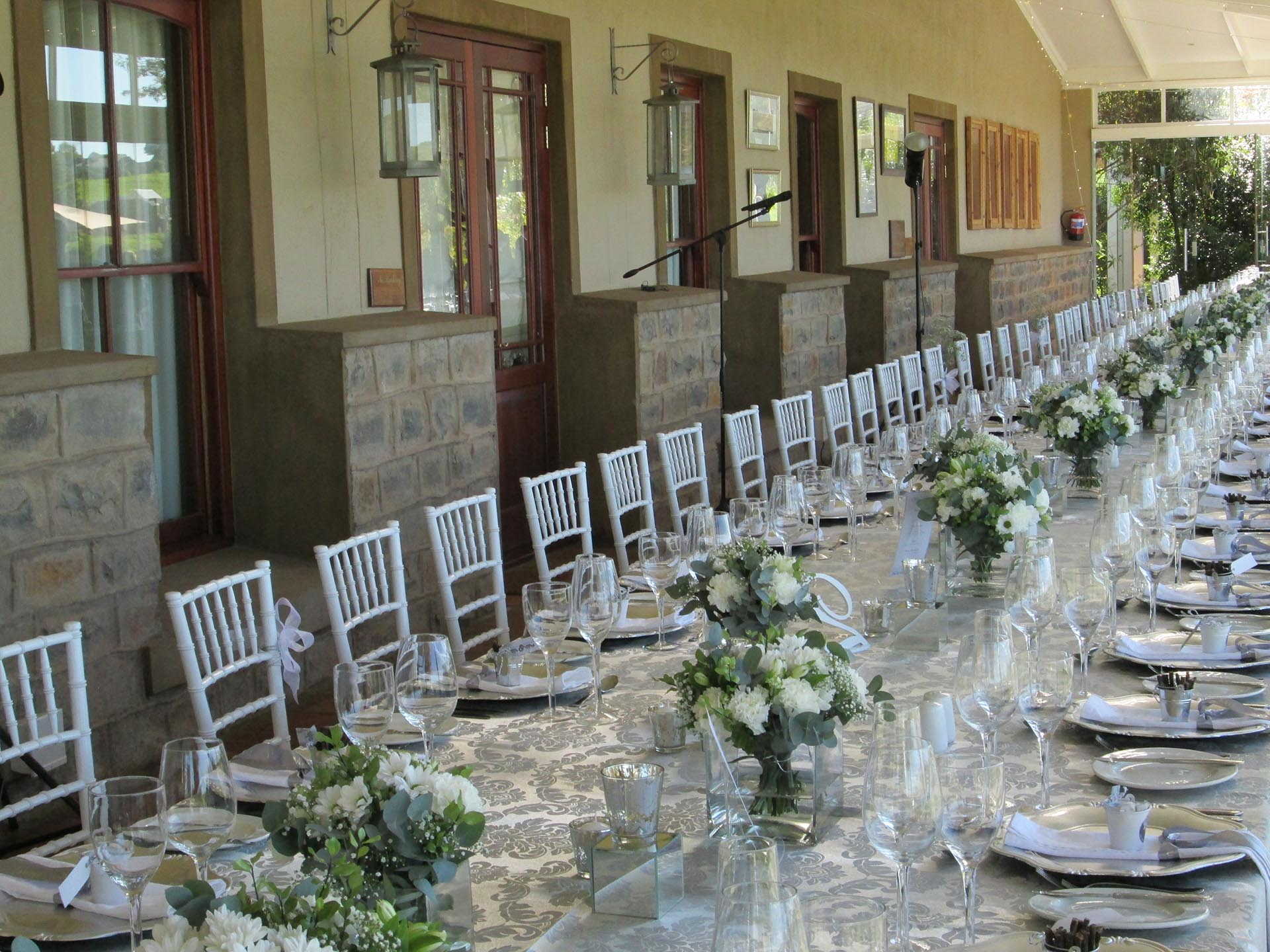 weddings-functions-country-retreat-reception-venue-set-up-classic-golf-course-gowrie-farm-Nottingham-Road-midlands