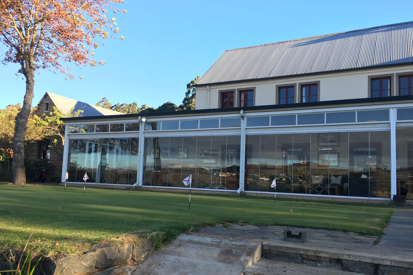 Gowrie-Farm-Clubhouse-Nottingham-Road