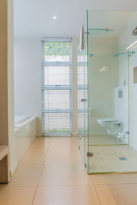 charles-smythe-gallery-gowrie-farm-housing-development-drakensberg-Nottingham-Road-midlands-accommodation-kzn