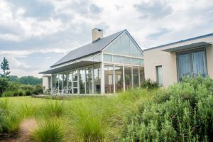 charles-smythe-gallery-gowrie-farm-lodge-functions-conference-golf-estate-luxury-accommodation-midlands-Nottingham-Road