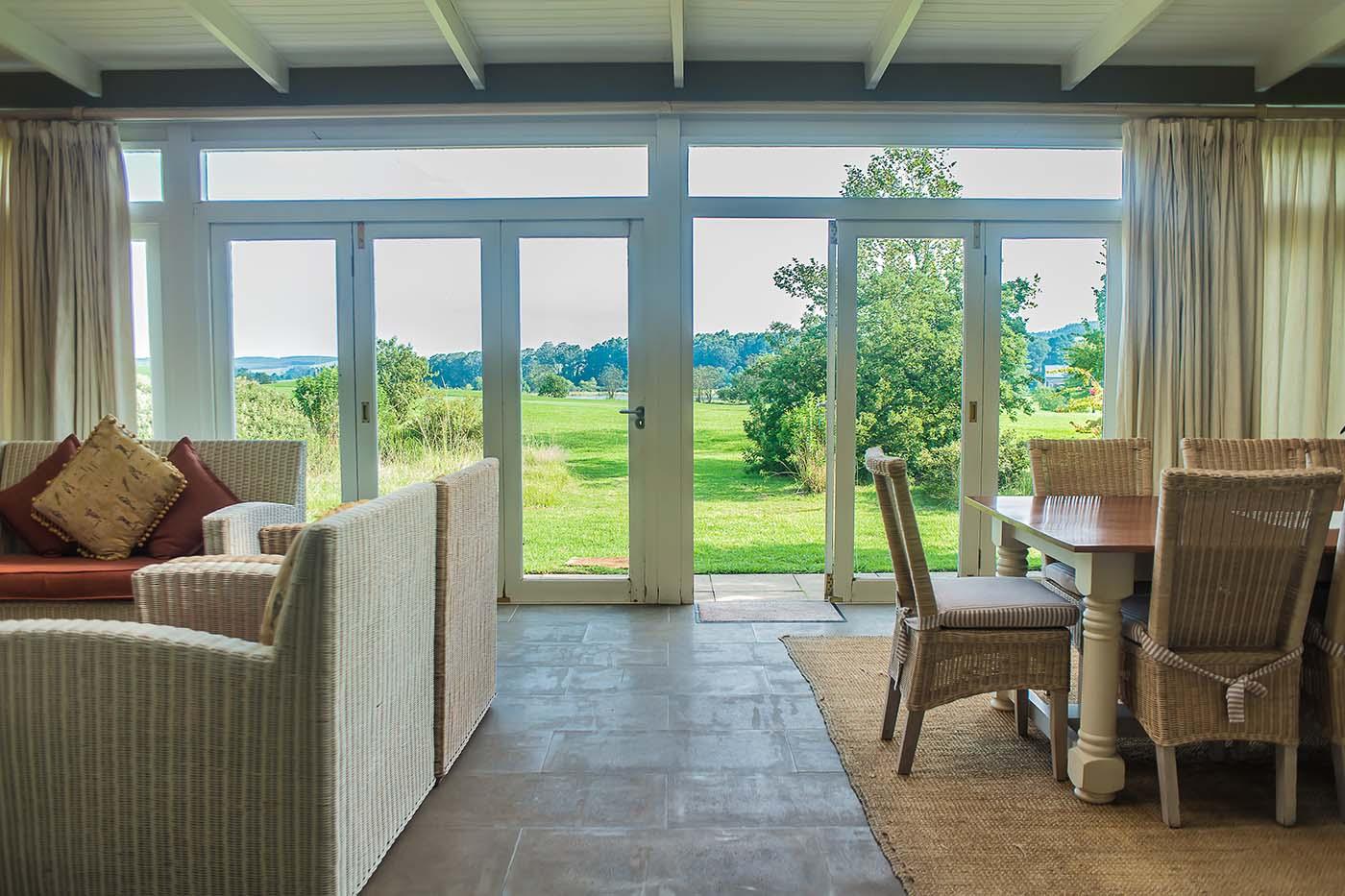 old-tom-morris-cottage-gallery-accommodation-gowrie-midlands-golf-drakensberg